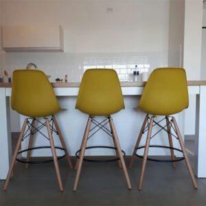 כסאות בר פלסטיק צהוב חרדל
