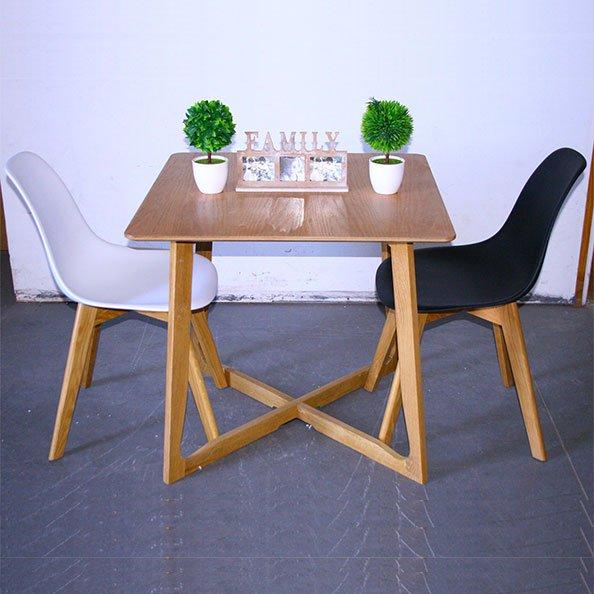 שולחן קטן למטבח