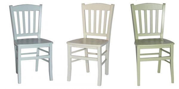 כסאות ונטה צבעוניים מעץ
