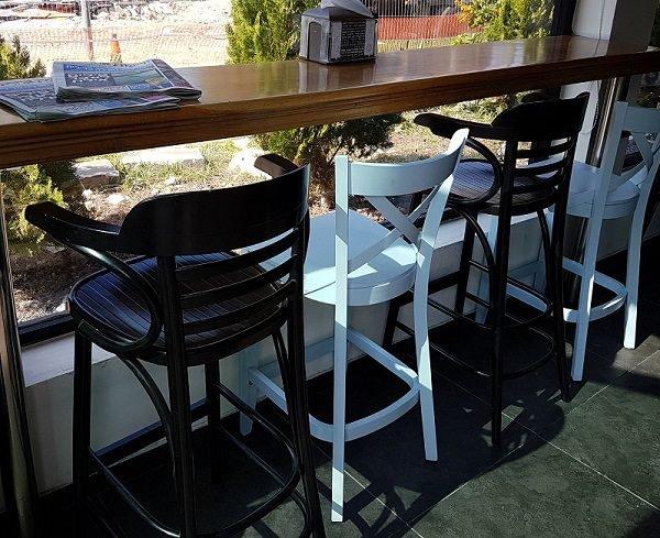 כסאות למסעדה ובית קפה