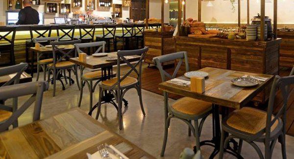 כסאות דגם קיאנו למסעדה