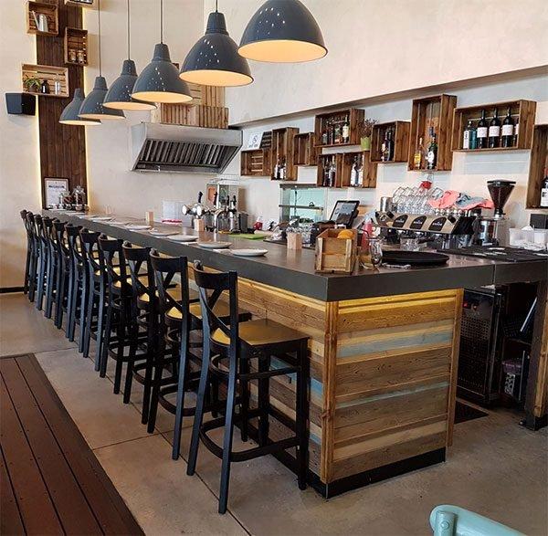 כסאות בר מעוצבים למסעדות