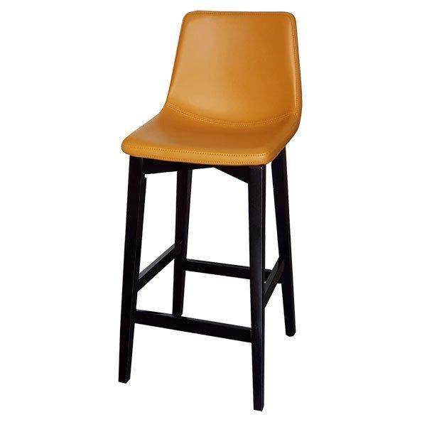 כסא בר מרטן בצבע חרדל עם רגליים מעץ שחורות