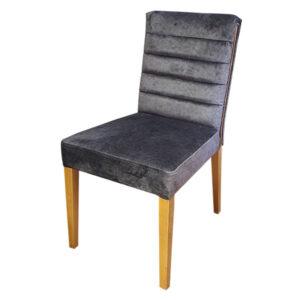כסא עץ מרופד קאפרי