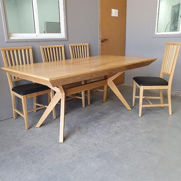 שולחן בולוניה