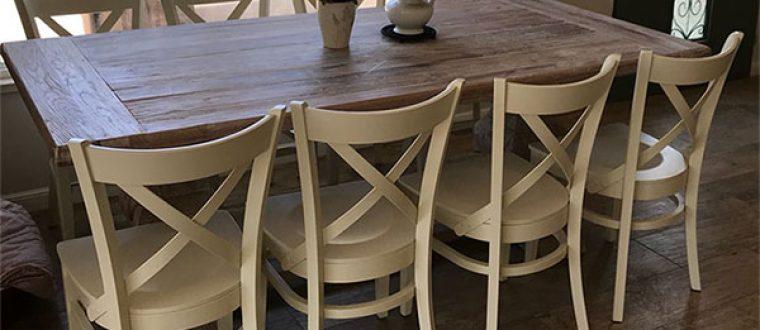 השלמת השיפוץ עם כסאות לפינת אוכל